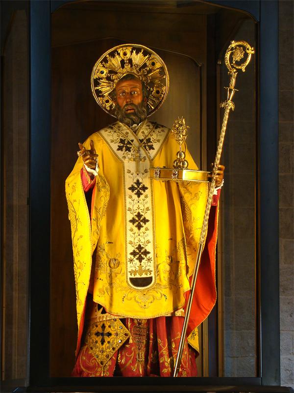 Immagine di San Nicola presente nella Basilica di San Nicola a Bari.