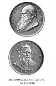 La medaglia commemorativa della lettura degli articoli di Darwin e Wallace alla Linnean Society.