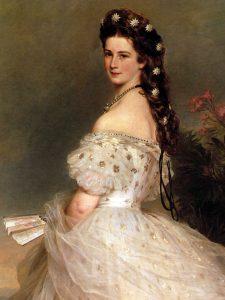Elisabetta d'Austria in un abito da ricevimento, immortalata nel 1865 da Franz Xaver Winterhalter (credit: Pubblico Dominio)