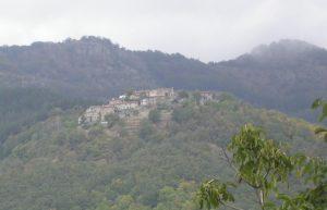 Anciolina vista dal borgo di Faeto (Loro Ciuffenna) 2006 [Mamiliano / CC BY-SA 4.0 via commons.wikimedia.org]