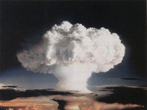 """Il """"fungo atomico"""" creato dalla detonazione di Mike, la bomba parte del progetto Ivy (credit: Official CTBTO Photostream, Pubblico Dominio)"""