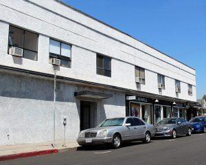 Una foto del 2015 dell'edificio a Los Angeles che dal 1923 al 1926 ospitò l'azienda fondata da Walt e Roy Disney (credit: Coolcaesar, CC BY-SA 4.0)