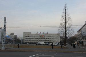 La sede del Rodong Sinmun a Pyongyang (credit: Laika AC, USA, CC BY 2.0)